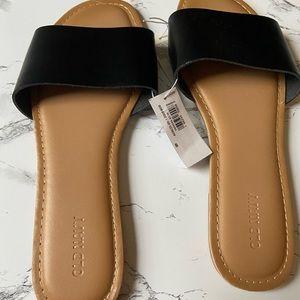 Old Navy Flat Slide Sandals Black Tan Size 8